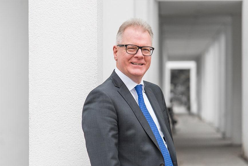 Attorney Thorsten Lotz